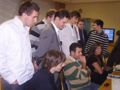 Les joueurs et Sebastien Mazé, secondant de Bacrot